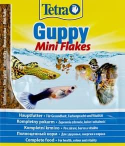 Корм для рыб TetraGuppy Flakes 12г пакет, основной для всех видов гуппи, мини-хлопья